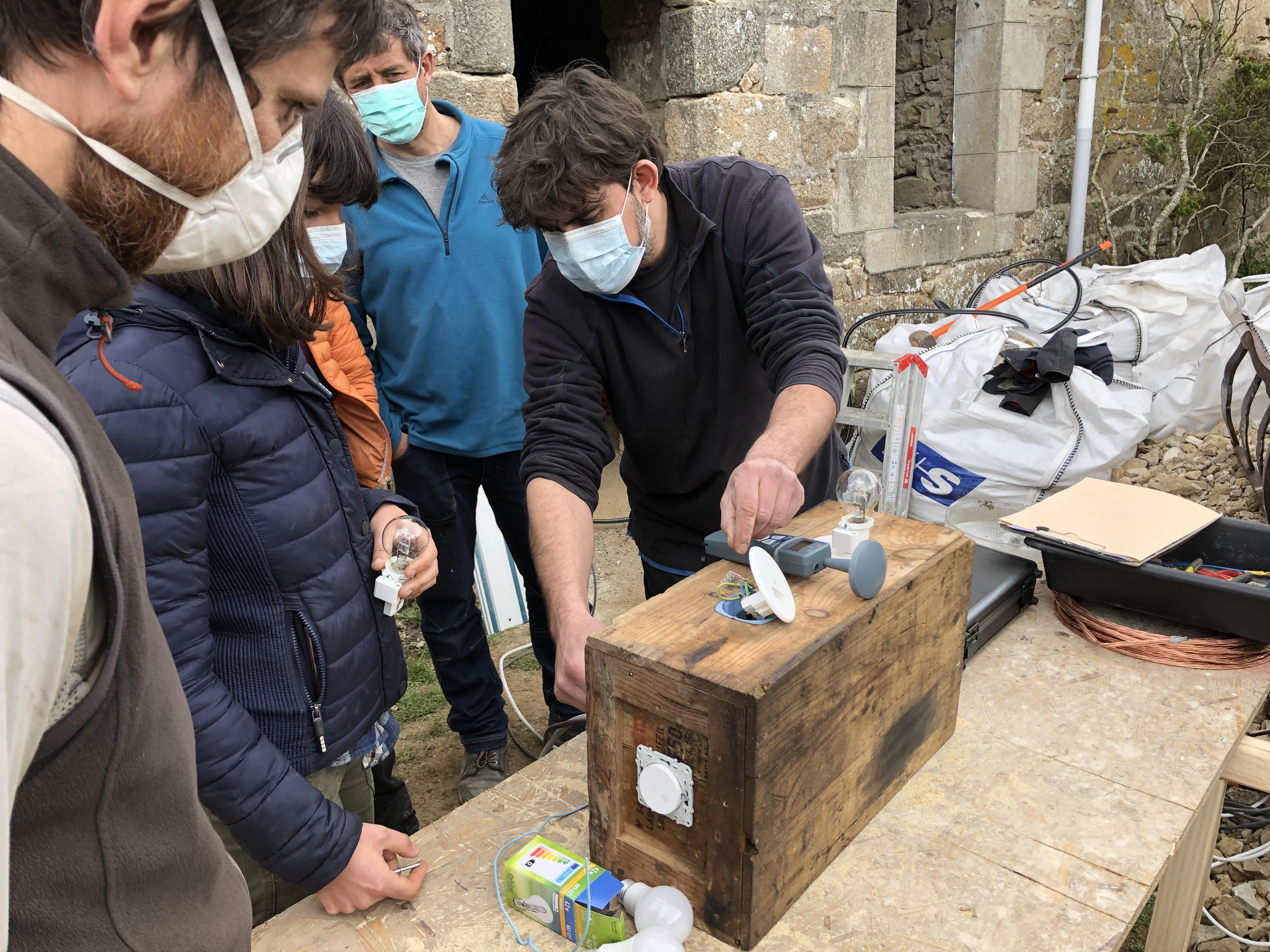 Parcours de découverte des métiers de l'écoconstruction à destination des publics en insertion en Bretagne